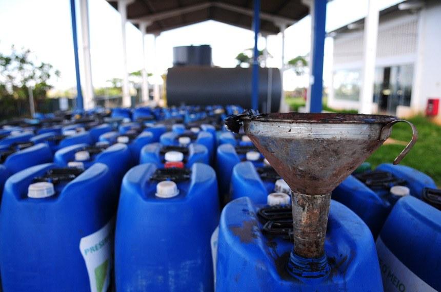 Sem o envolvimento dos fabricantes por meio da logística reversa, a coleta de óleo de cozinha depende hoje de ações voluntárias de consumidores e de entidades que promovem a reciclagem